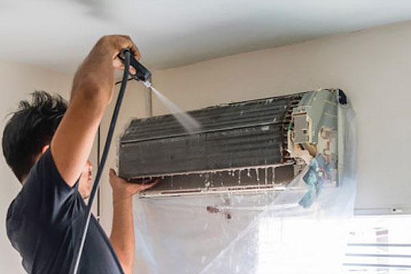 hướng dẫn cách vệ sinh điều hòa bằng máy bơm rửa xe