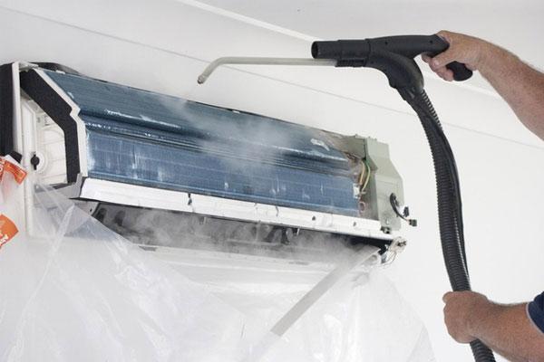 cách vệ sinh điều hòa bằng máy rửa xe mini tại nhà