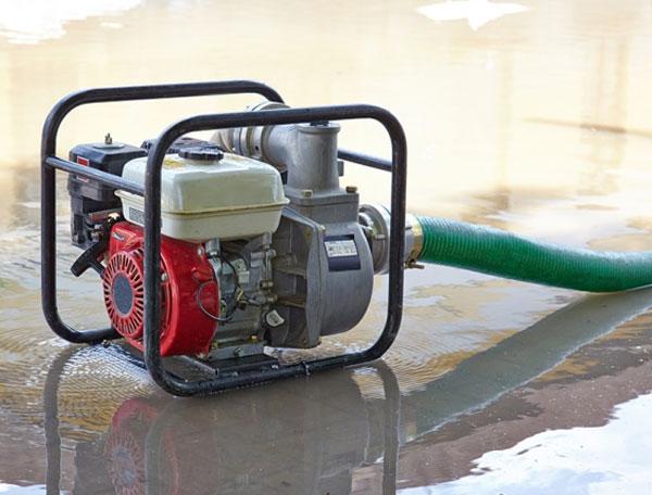 Nguyên nhân và cách khắc phục máy bơm lên nước yếu